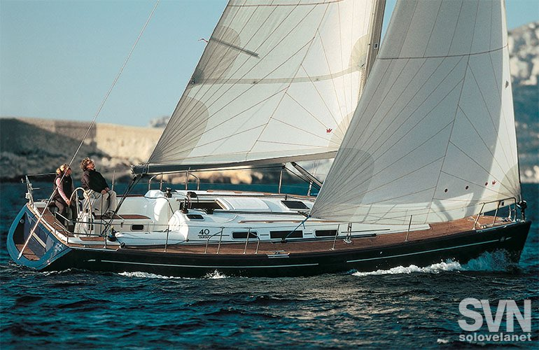 Dufour 40 Performance 1